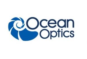 74-90-UV-CC3 | Right Angle Reflector with Spectralon Cosine Corre